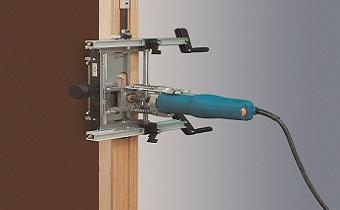 Система фрезерування під врізні петлі